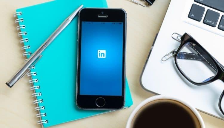 LinkedIn profiles made easy